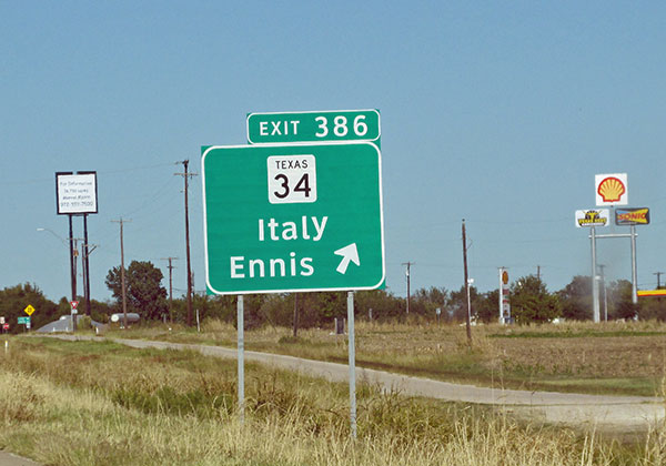 sign for a town called 'italy' on the way from austin to dallas on october 29, 2014