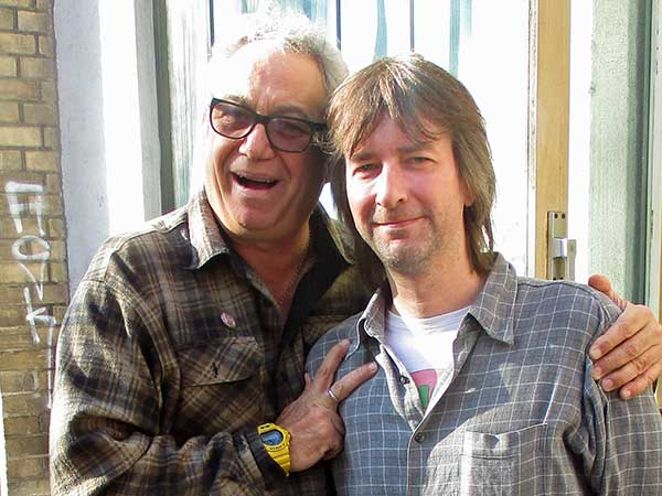 mike watt + david mochida-krispe (l to r) in vienna, austria on october 16, 2017