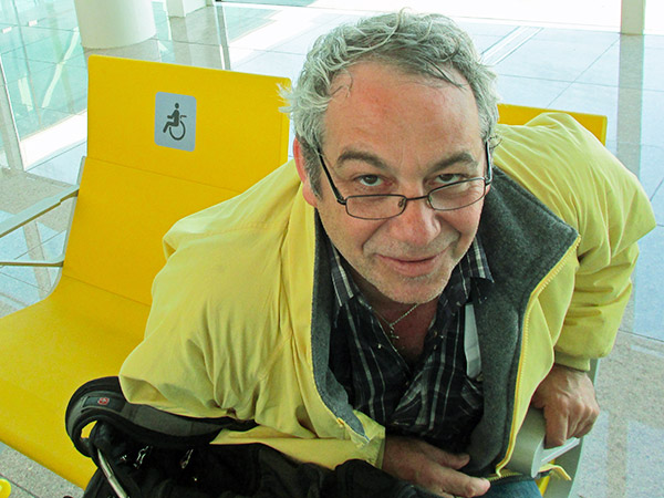mike watt at the barcelona airport wearing glasses borrowed from jos on july 10, 2013