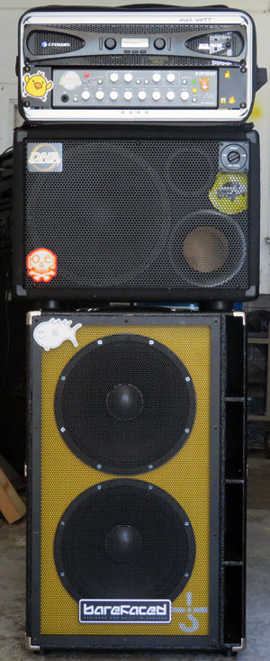 what watt uses to amp his bass at his own gigs