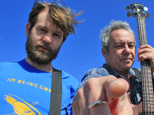 cuz (sam dook + mike watt) in hove, england on april 9, 2014 - photo by ian parton