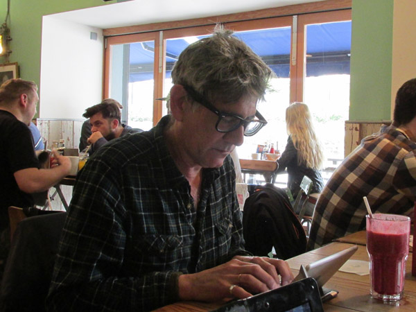 tom watson w/his ipad mini at 'the boston tea party' in bristol, england on april 12, 2014