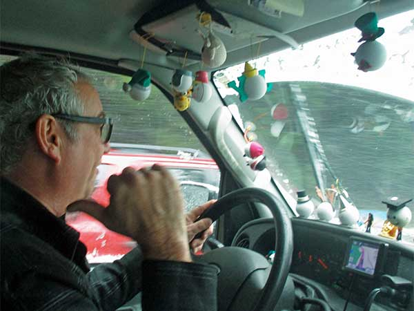 mike watt slowly getting the boat into to olympia, wa on february 27, 2017
